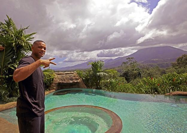 Will Smith in Costa Rica sul lussureggiante set di After Earth