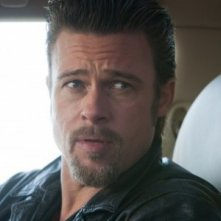 Brad Pitt in un intenso primo piano di Cogan's Trade