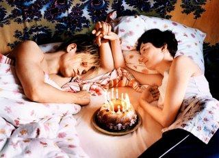 Glück: Alba Rohrwacher festeggia il compleanno di Vinzenz Kiefer