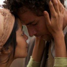 La sorgente dell'amore: Leïla Bekhti e Saleh Bakri in una scena del film