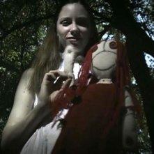 Marysia Kay in una scena dell'horror Colour from the Dark