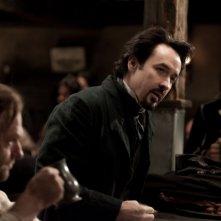 The Raven: John Cusack in un'immagine tratta dal film su Edgar Allan Poe