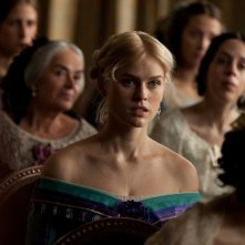 The Raven: una bella immagine di Alice Eve tratta dal film