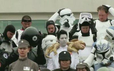 Trailer - Comic-Con Episode Four: A Fan's Hope