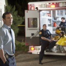 Awake: Jason Isaacs in una scena del pilot della serie