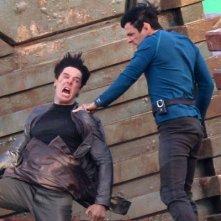 Benedict Cumberbatch e Zachary Quinto si scontrano in una violenta scena di Star Trek 2