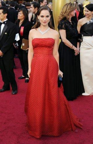 Oscar 2012: Natalie Portman sul red carpet