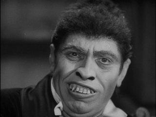 Fredric March è il terribile Mr Hyde nel film Il dottor Jekyll