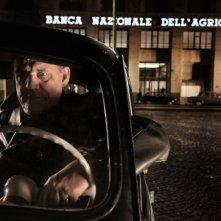 Romanzo di una strage: Francesco Salvi nei panni di Cornelio Rolandi, tassista e testimone chiave della strage di Piazza Fontana