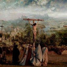 I colori della passione: un'immagine del film ispirato al quadro di Pieter Bruegel che raffigura la passione di Cristo