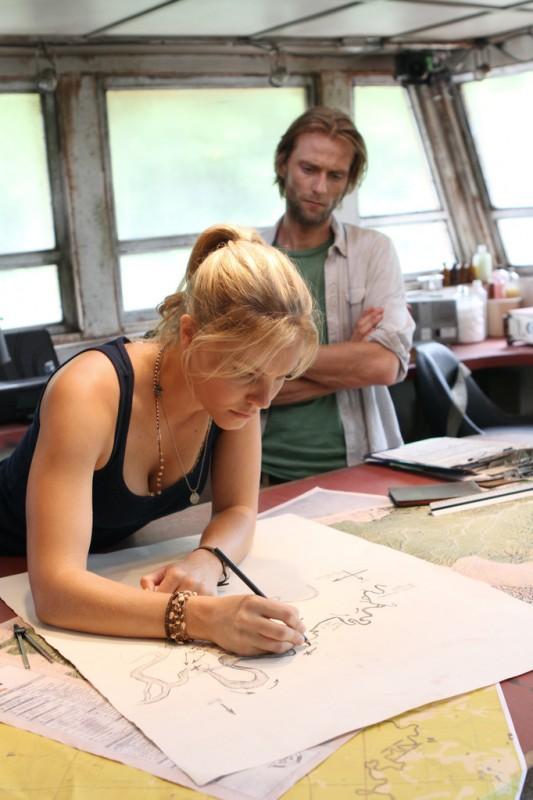 Joe Anderson Nella Serie Tv The River Con Eloise Mumford Episodio Pilota 232983