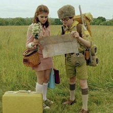I due giovani protagonisti di Moonrise Kingdom Jared Gilman e Kara Hayward in una scena del film
