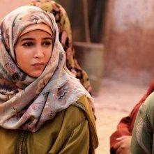 La sorgente dell'amore: lo sguardo triste di Leïla Bekhti in una scena del film