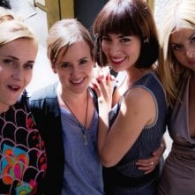 Good as You: il cast femminile sul set del film in una foto di gruppo