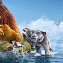 L'era glaciale 4: Continenti alla deriva, i protagonisti del film inseguiti da una nave pirata