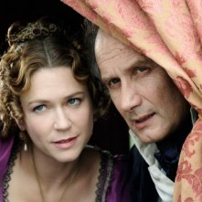 Marie-Josée Croze ed Hippolyte Girardot nella fiction La Certosa di Parma