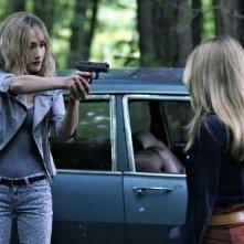 Nikita: Maggie Q e Katheryn Winnick nell'episodio Falling Ash