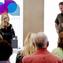 Una spia non basta: Reese Witherspoon sul set del film insieme al regista McG