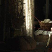 Maribel Verdù in una scena di De tu ventana a la mía, del 2011