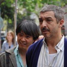 Cosa piove dal cielo?: Ignacio Huang e Ricardo Darìn in una scena del film