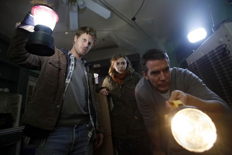 Elizabeth Olsen In Silent House Con Eric Sheffer Stevens E Adam Trese 233893