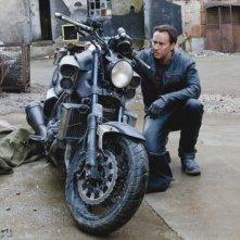 Ghost Rider: Spirito di vendetta, Nicolas Cage con la sua moto in una scena del film