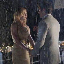 Revenge: Emily VanCamp e Joshua Bowman nell'episodio Commitment