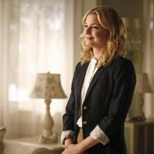 Revenge: Emily VanCamp nell'episodio Scandal