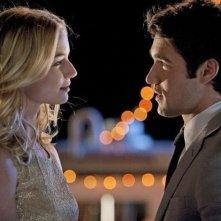 Revenge: Joshua Bowman e Emily VanCamp nell'episodio Commitment