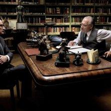 Romanzo di una strage: Giorgio Tirabassi e Giorgio Colangeli in una scena tratta dal film di Marco Tullio Giordana
