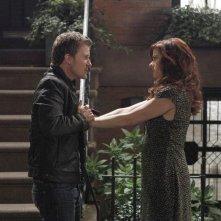 Will Chase e Debra Messing in una foto di scena del quinto episodio di Smash