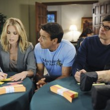 GCB: Leslie Bibb, David James Elliott e Tom Everett Scott nell'episodio Love Is Patient