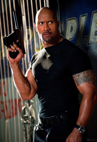 Un'immagine ravvicinata di Dwayne Johnson in G.I. Joe: La vendetta