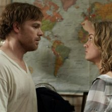 Michael C. Hall e Brie Larson in The Trouble with Bliss