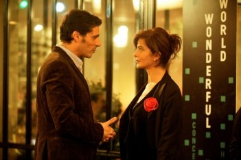 Ciliegine: Laura Morante insieme a Pascal Elbé in una scena tratta dal film