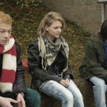 Vincent Krüger, Vanessa Krüger, Sven Gielnik in una scena del film Der Preis (The Prize)