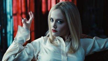 Dark Shadows: una 'graffiante' immagine di Eva Green tratta dal film