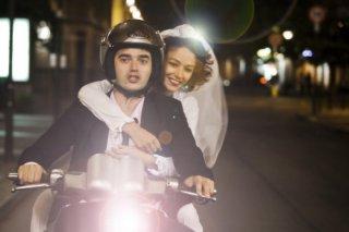 Workers - Pronti a tutto: Paolo Briguglia e Nicole Grimaudo in una scena del film
