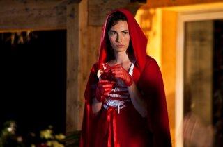 Good as You: Daniela Virgilio è Cappuccetto Rosso in una scena del film