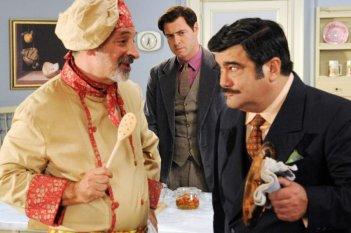 Nero Wolfe: Francesco Pannofino, Andy Luotto e Pietro Sermonti in una scena della serie