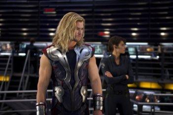 Chris Hemsworth in una scena di The Avengers