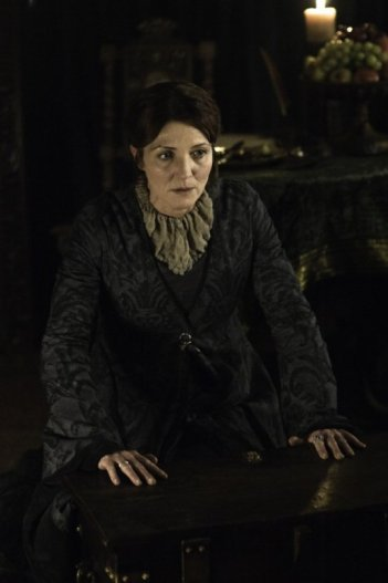 Game of Thrones: Michelle Fairley in una scena della stagione 2