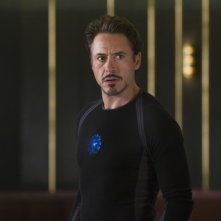 Robert Downey Jr. nei panni di Tony Stark ( e Iron Man) in una scena di The Avengers