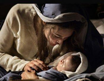 Alissa Jung è la Madonna nella fiction Maria di Nazaret