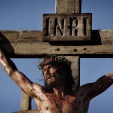 Andreas Pietschmann è Gesù in croce nella fiction Maria di Nazaret