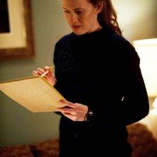 The Killing: Mireille Enos in una scena dell'episodio Reflections