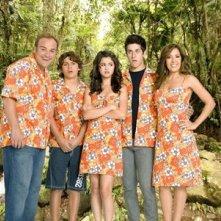 Una foto di famiglia pe ril cast della serie I Maghi di Waverly