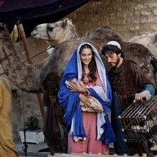 Alissa Jung con Luca Marinelli nella fiction Maria di Nazareth