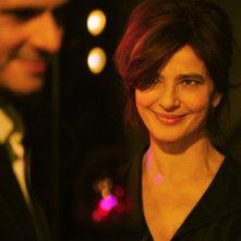 Ciliegine: Laura Morante sorride in una scena tratta dal film con Pascal Elbé