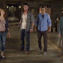 The Cabin in the Woods: Fran Kranz, Chris Hemsworth, Kristen Connolly e Jesse Williams terrorizzati in una scena del film